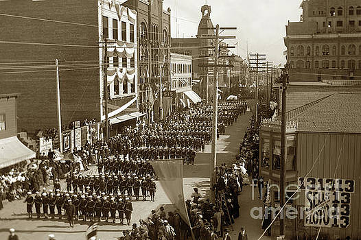 California Views Mr Pat Hathaway Archives - Sailors and Marines from the Great White Fleet paraded in San Digo 1908