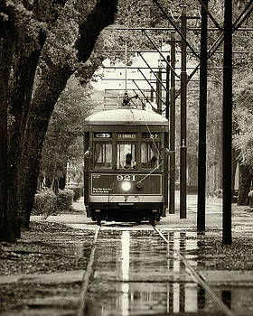 Saint Charles Streetcar 2 by Jerry Fornarotto