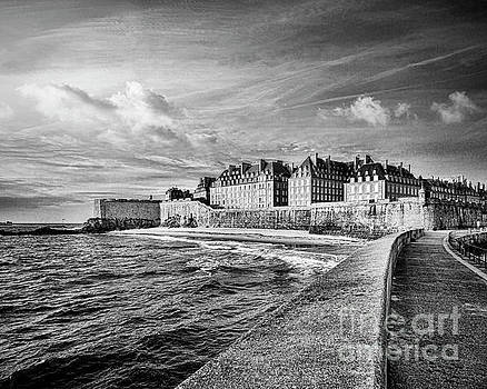 Saint-Malo Pier and Town by Colin and Linda McKie