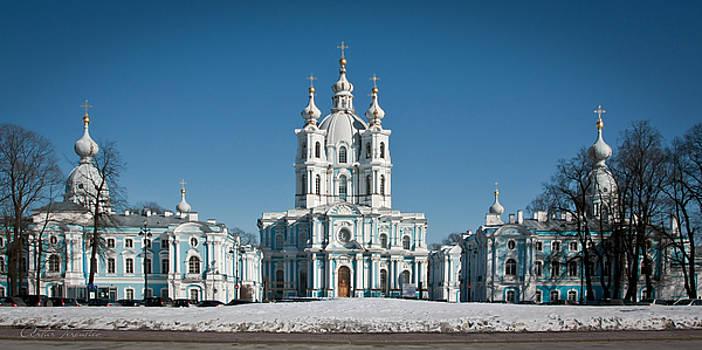 Saint-Petersburg by Artur Terentiev