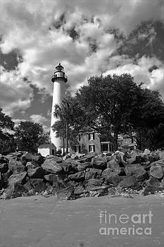 Saint Simons Lighthouse by Chuck Hicks
