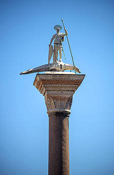 Eduardo Huelin - Saint Theodor statue on a column in Venice Italy