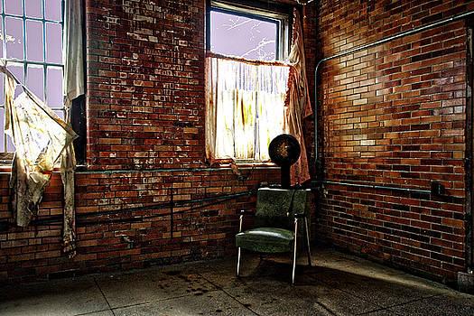 Salon by Daniel Gundlach