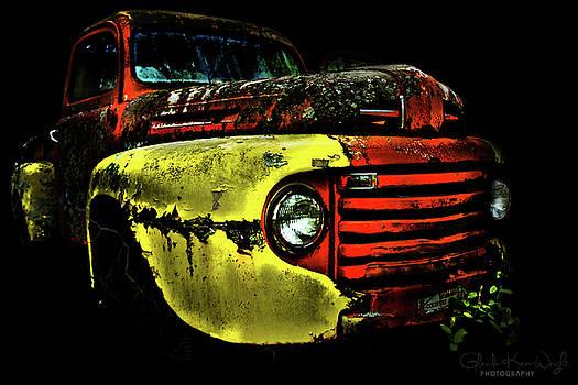 Salsa Chevy by Glenda Wright
