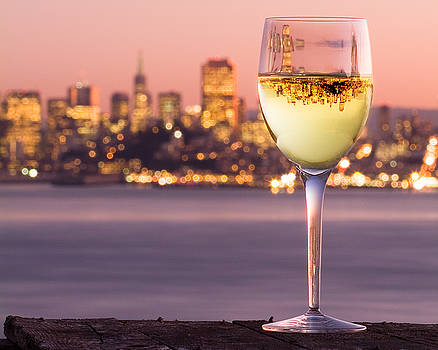 San Francisco Bay Wine Glass by David Rigg