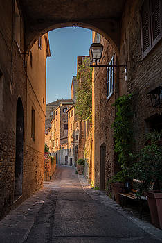 San Gimignano Dawn by Niall Whelan