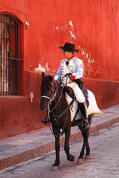 San Miguel Allende Police by Pedro Katz