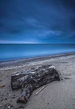 Sandpoint Beach Sunrise by Cale Best