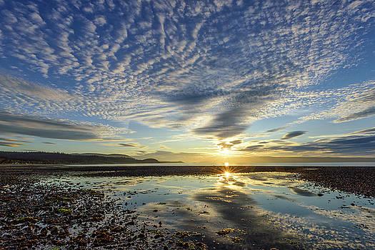 Sandspit Sunset by Christian Heeb
