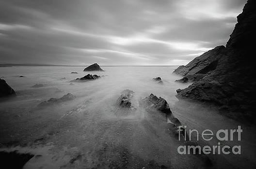 Sandymouth Beach 7.0 by Yhun Suarez