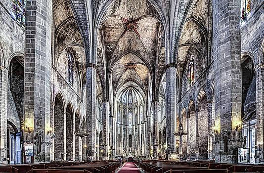Santa Maria del Mar in Barcelona by Marc Garrido
