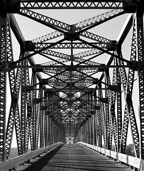 Rosanne Jordan - Illinois Savana Sabula Bridge in black and white