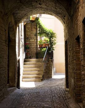 Marilyn Hunt - Scenic Archway