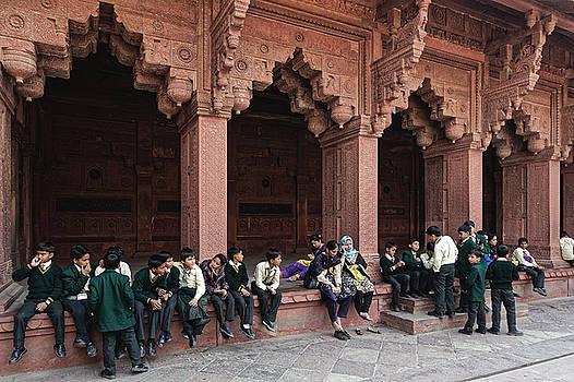 Chris Honeyman - Schoolboys at the Agra Fort, 2014