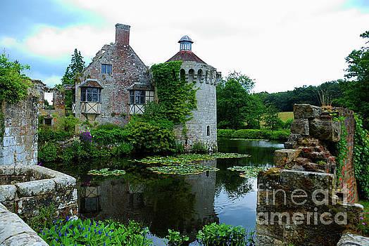 Scotney Castle by Richard Gibb