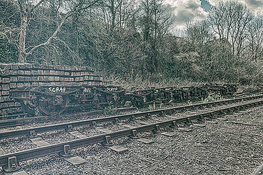 Stewart Scott - Scrap by the main line