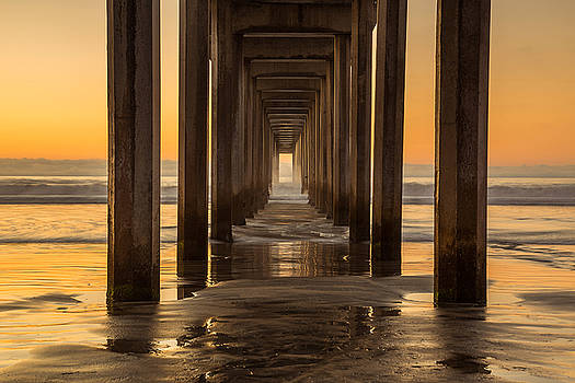 Scripps Pier - Zoom by Jackie Novak