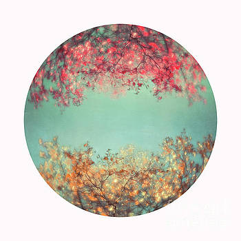 Gold and pink by Priska Wettstein