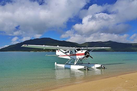 Sea plane at Langford Island in the Whitsundays by Keiran Lusk
