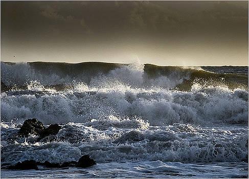 Sea Storm 3 by Mirza Ajanovic