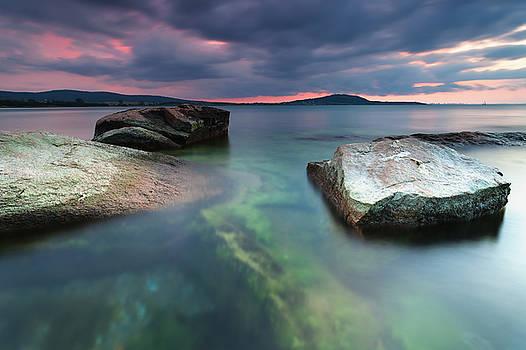 Seaside dusk by Evgeni Dinev