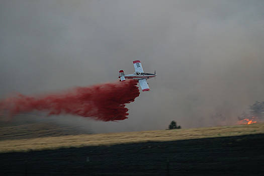 SEAT drops on Indian Canyon Fire by Bill Gabbert