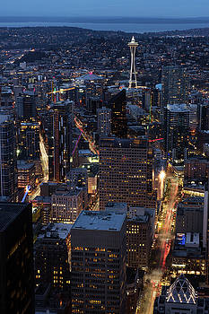 Seattle at Night by David Lunde