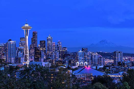 Seattle Blue Hour 2 by Marcelo Barrera