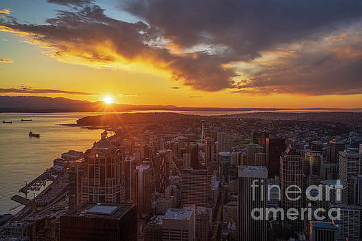 Seattle Dramatic Sunset From Sky View Observatory by Mike Reid