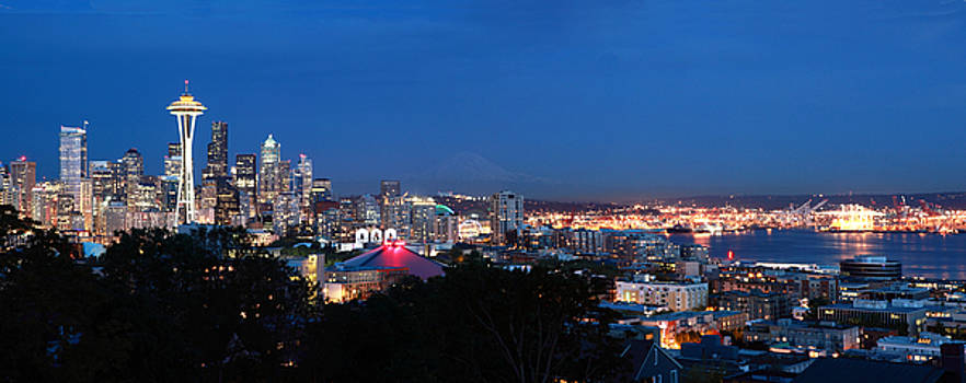 Seattle Panorama at Twilight by Peter Simmons