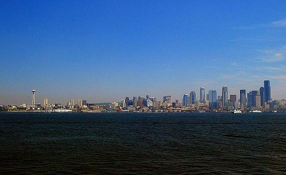 Gary Wonning - Seattle skyline and space needle