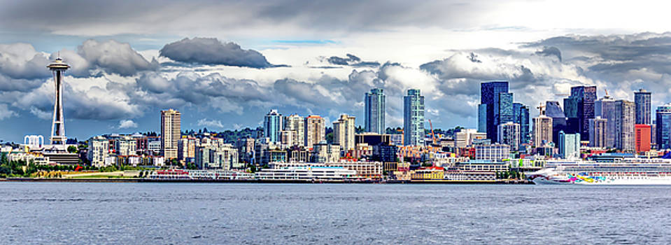 Seattle Skyline HDR by Rob Green