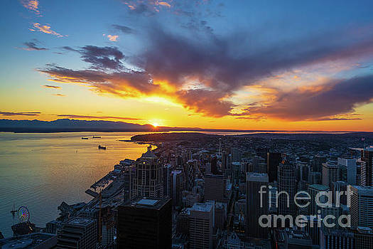 Seattle Sunstar Sunset From Atop the Columbia Center by Mike Reid