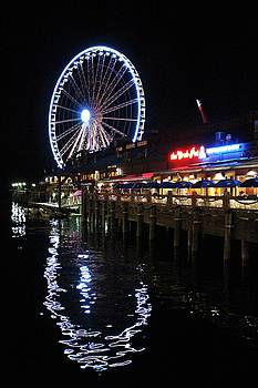 Seattle Waterfront by Caroline Lomeli