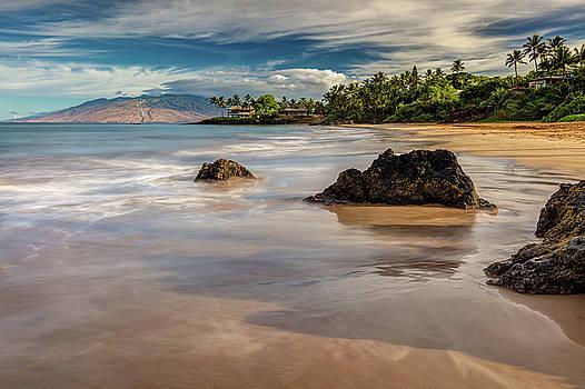 Secret Beach of South Maui by Pierre Leclerc Photography