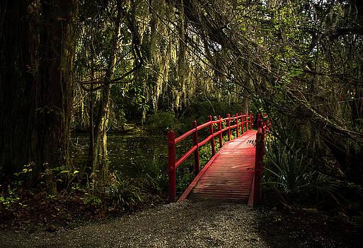 Red Bridge by Su Buehler