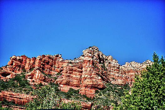 Sedona Red Rocks in HDR by Frank Feliciano
