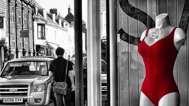 Seeing RED by Pedro Fernandez