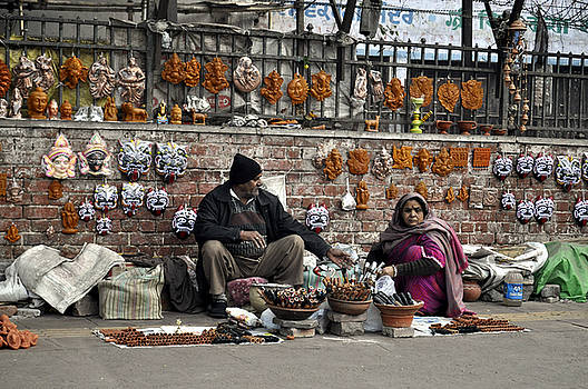 Bliss Of Art - Selling on the road