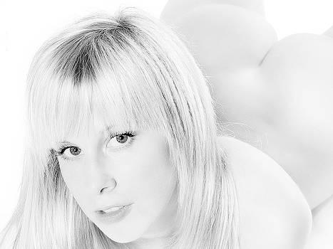 Sensual Monochrome Blonde by Jochen Schoenfeld