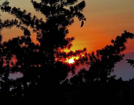 Shangrila sunset by Jack Eadon