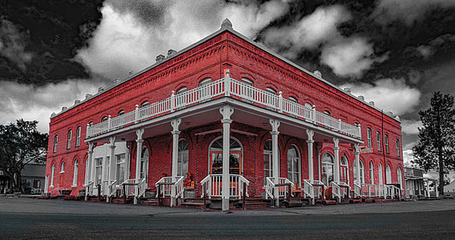 Historic Shaniko Hotel by Joy McAdams