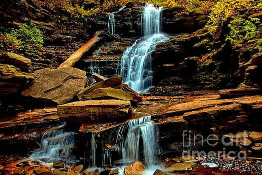 Shawnee Falls by Matthew Winn