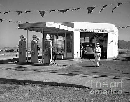 California Views Mr Pat Hathaway Archives - Shell Gas Station 1941