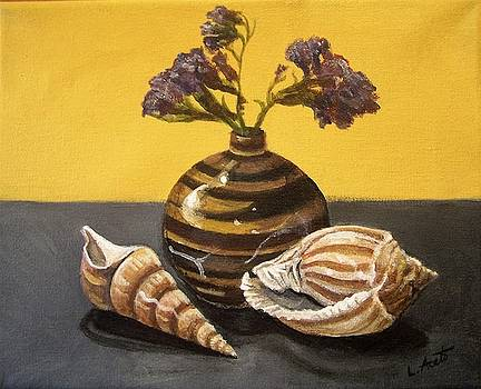Shells and Stripes by Laura Aceto