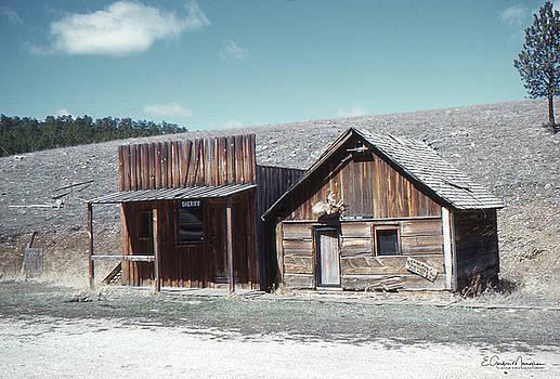 Sheriff's Office by Gordon Mooneyhan