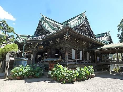 Shibamata Taishakuten Daikyo Temple by Constance DRESCHER