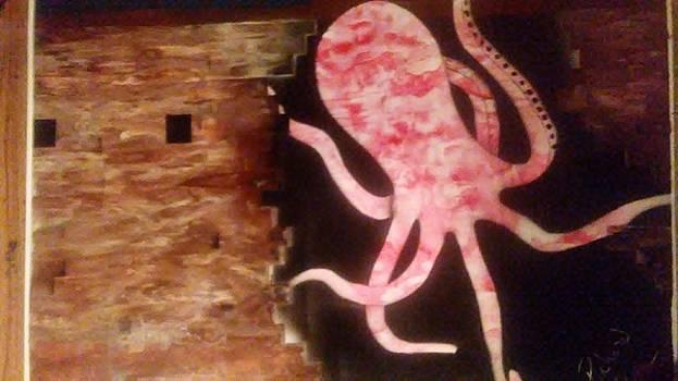 Shipwreck Octopus on guard by Richard Perez