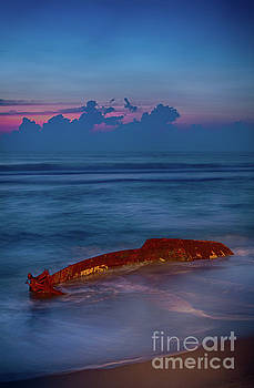 Dan Carmichael - Shipwreck on the Outer Banks the End