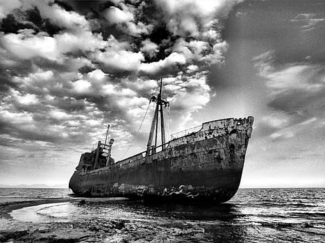 Shipwreck by Sorin Ghencea